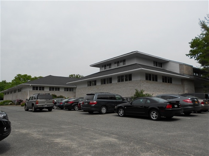 Route 347, Commack, 35k SF