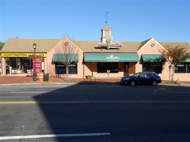 Main Street,Huntington, 22,000 SF